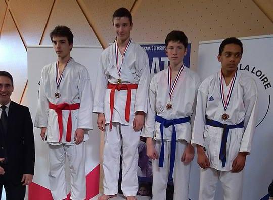 3 médailles et 4 qualifiés aux Frances